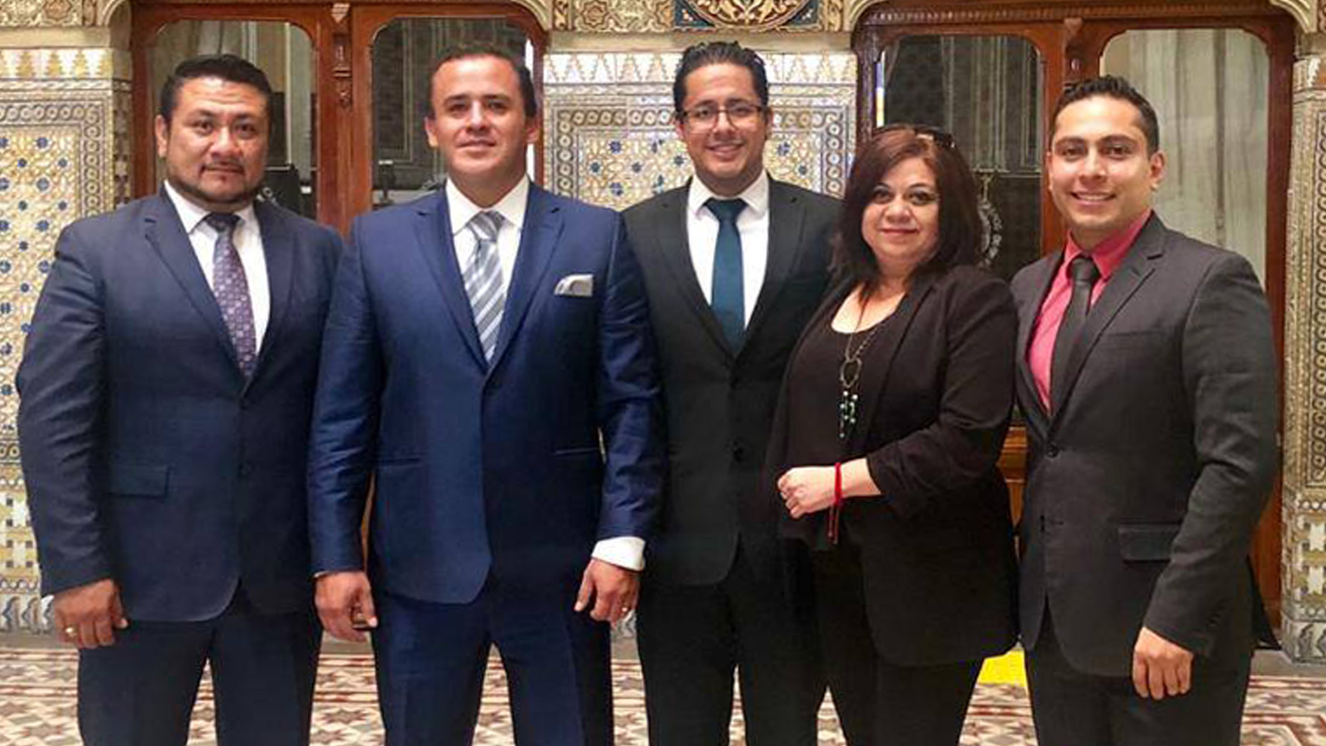 Reunión con autoridades<br /> del Congreso del Estado de Puebla